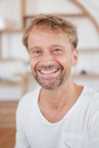Tom Messner -Vinyasa Power Yoga - Meditation