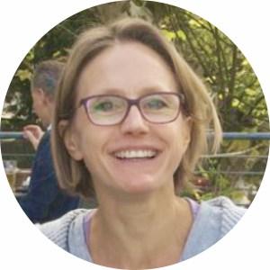 Caroline Fritzenschaft - Ashtanga Yoga